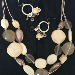 Chunky Off-White Bead Necklace and Earrings